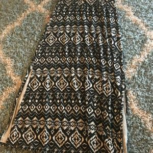 Maurices size md tribal print maxi skirt